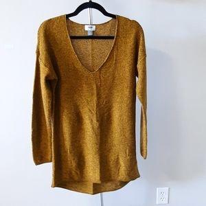 BOGO Free Old Navy 100% cotton v-neck sweater yellow & black